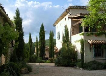 french-holiday-villa-cahors-farmhouse