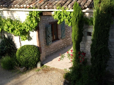 french holiday rental farmhouse barn lot valley