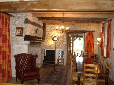 holiday rental farmhouse dining room lot valley