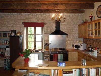 holiday-rental-farmhouse-kitchen-cahors-france