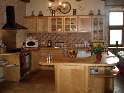 holiday-rental-villa-kitchen-cahors-france