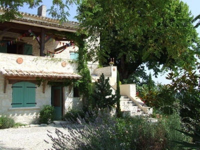 lot-valley-french-villa