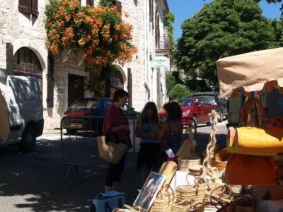 market-lot-valley-france