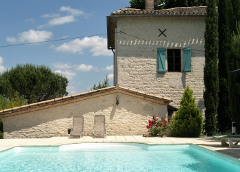 holiday rental villa with pool lot valley france
