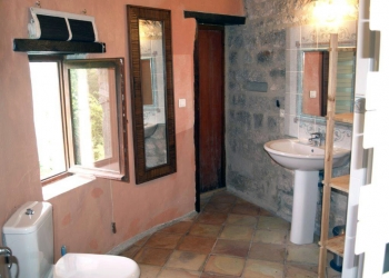 Holiday rental Cahors Bedroom Suite 2 en-suite