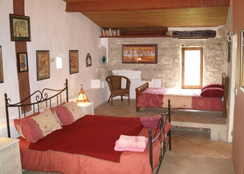 bedroom-suite2-french-villa-lot-valley