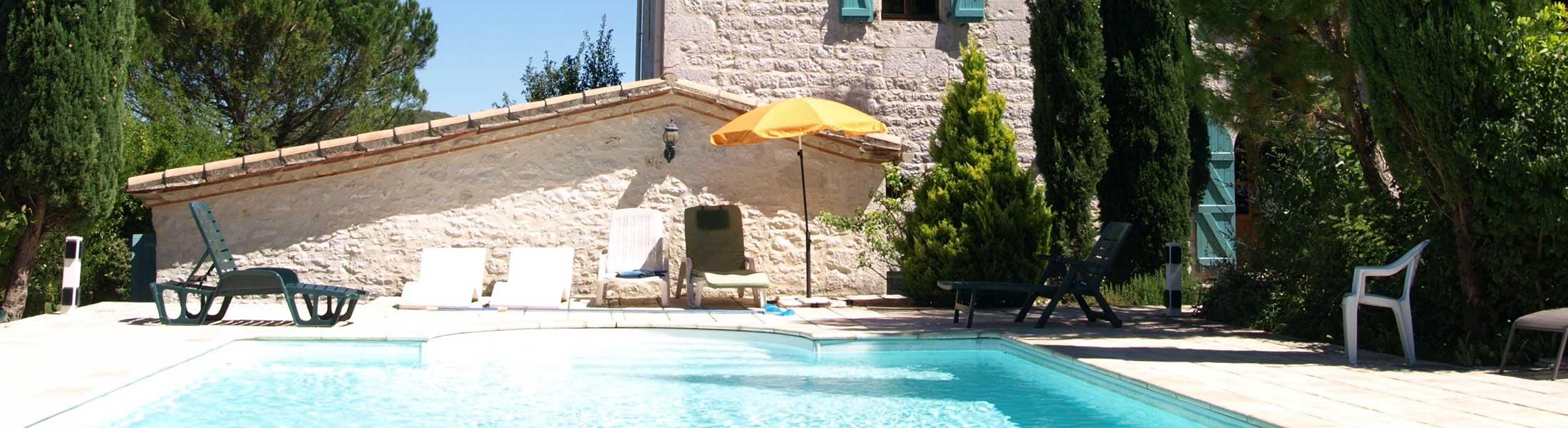 French villa pool, Cahors, Francefrench-villa-pool-cahors-france